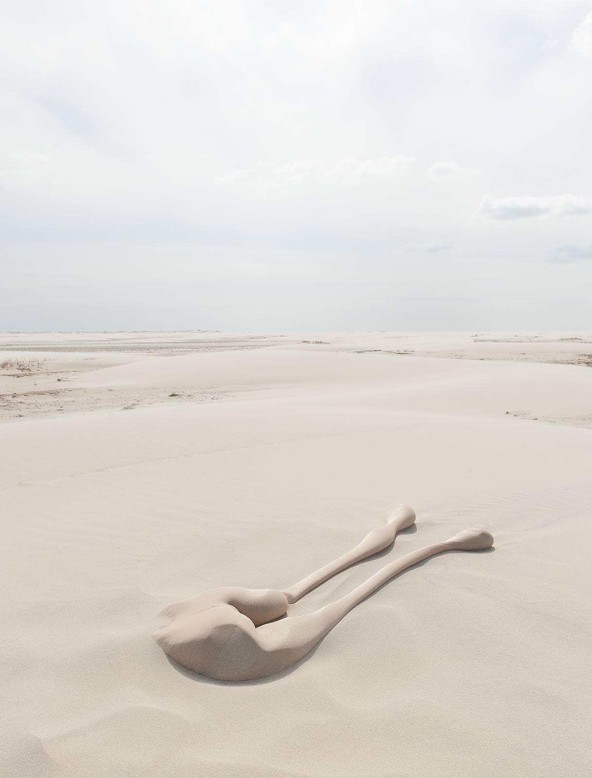 fabian_matz_2017_shaped_bodies_sand_polyamide_tights_16